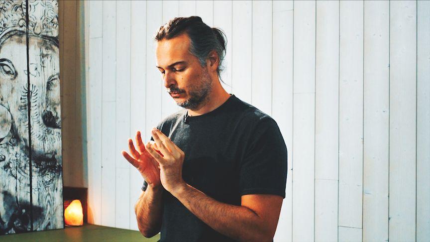 Meditación Laya Yoga para la quietud y proyección