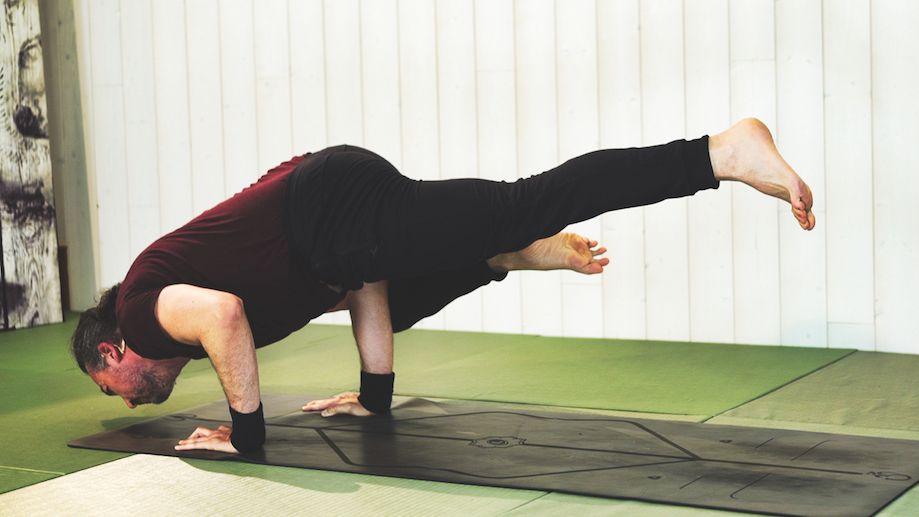 Vinyasa Yoga para los brazos y los hombros